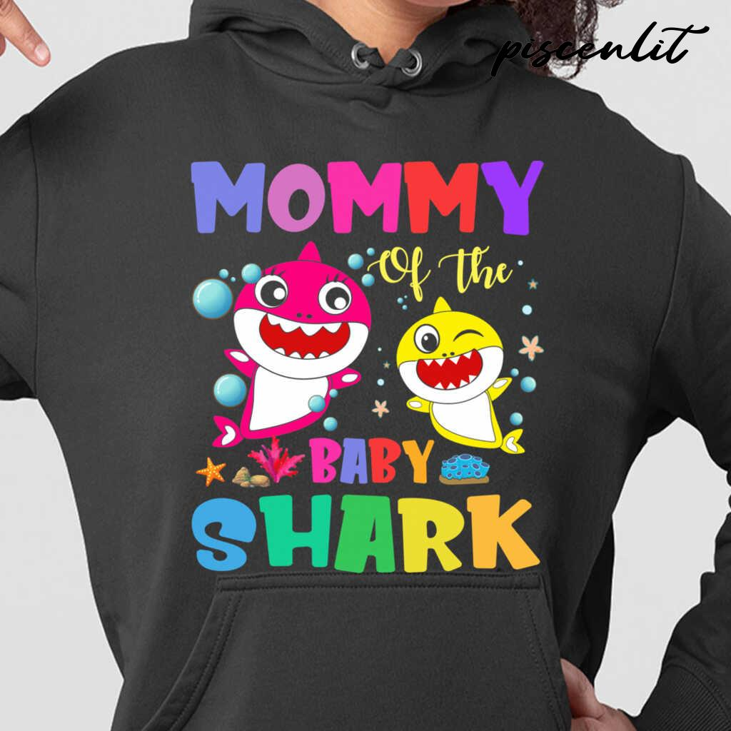 Mommy Of The Baby Sharks Coral Star Tshirts Black - from piscenlit.com 3